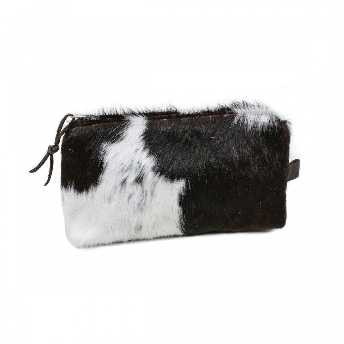 cowhide purse, make-up bag, cosmetic bag, handmade, artisan made, cowhide cosmetic bag, slow fashion, ethical fashion, sustainable style, christmas gifts, presents, leather bag
