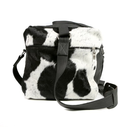 Zulucow Nguni cowhide leather weekend bag black and white travel bag travel accessories holdall luggage