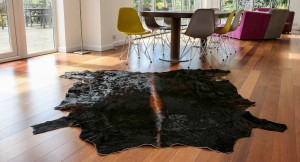 cowhide rug, cowhides, animal print, interiors, rugs, soft furnishings, black cowhide rug, tricolour, Nguni
