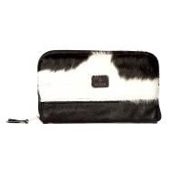 cowhide clutch, cowhide bags, cowhide accessories, leather clutches, party bags, clutchbags, handsfree bags