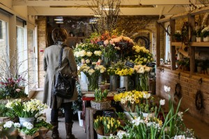 cowhide bag, bucket bag, leather bag, cowhide accessories, fashion, Spring flowers, Daylesford Farm, The Cotswolds, tulips, peonies