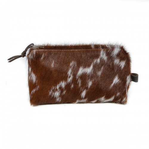 cowhide purse, cosmetic bag, make up bag, handmade, artisan made, cowhide cosmetic bag, slow fashion, ethical fashion, sustainable style, christmas gifts, presents, leather bag